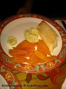 Biergarten Gluten-Free Salmon, Carrots & Broccoli